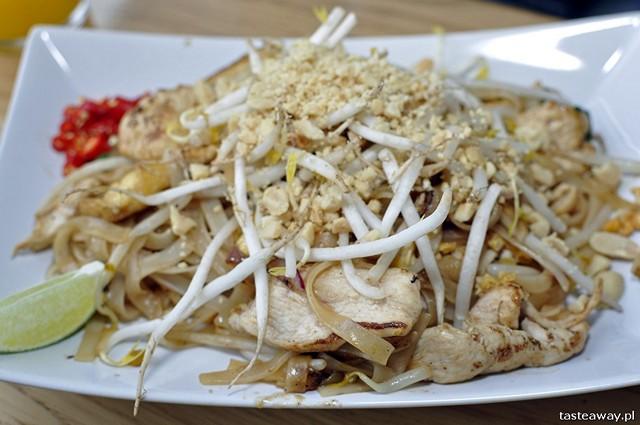 pad thai, kuchnia tajska, plac Zbawiciela