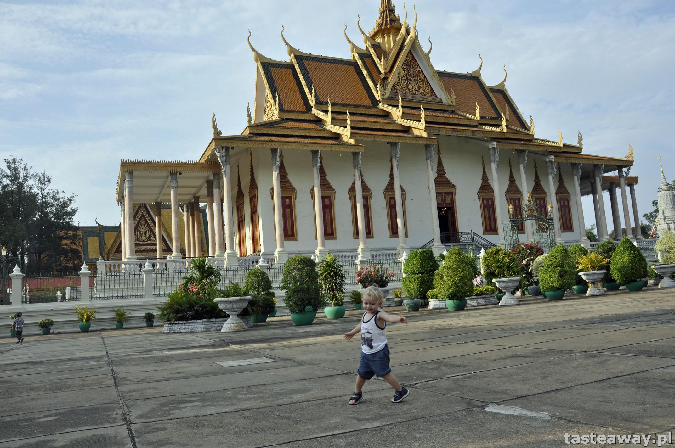 gdzie pojechać jesienią, kierunki na jesień, Kambodża