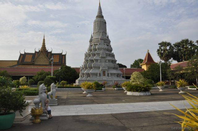 podróżowanie z dzieckiem, Kambodża z dzieckiem,. Phnom penh, Pałac Królewski