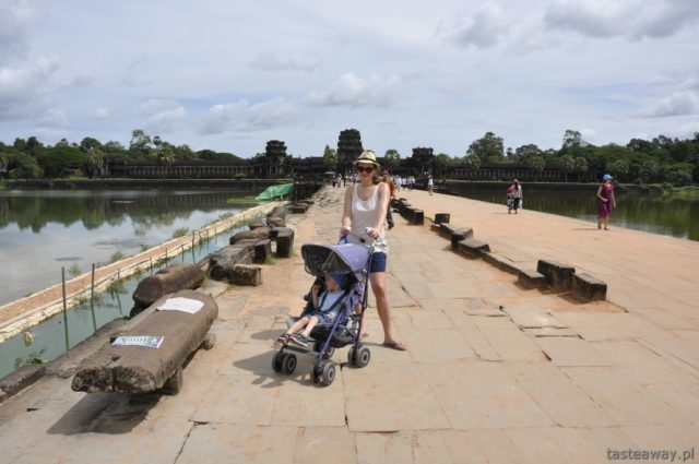 Kambodża, Angkor Wat, podróżowanie z dzieckiem, Siem Reap