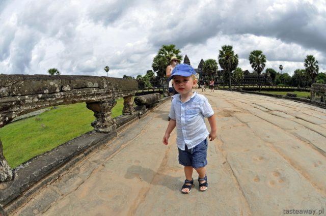 Kambodża, podróżowanie z dzieckiem, Angkor Wat, Siem Reap, temperatura w Kambodży