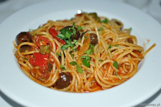 puttanesca, anchois, kuchnia włoska, Murzasichle, Le Chalet