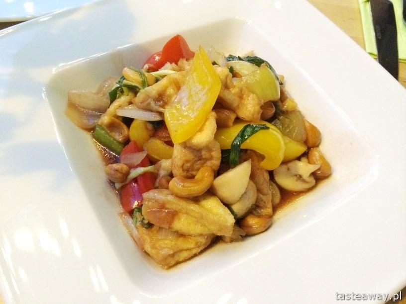 tofu, orzechy nerkowca, Basil& Lime, kuchnia tajska, Warszawa, restauracje