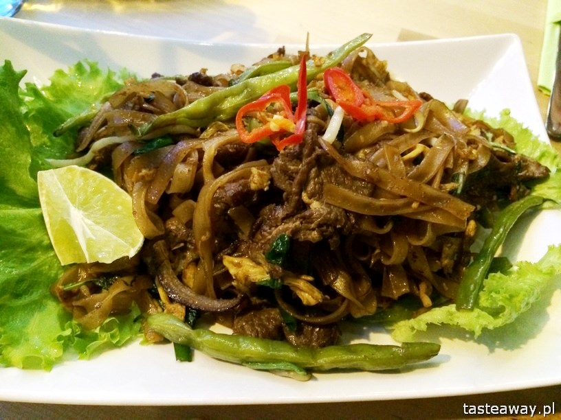 Basil&Lime, restauracje, Warszawa, kuchnia tajska, makaron z wołowiną, limonka, tajska bazylia