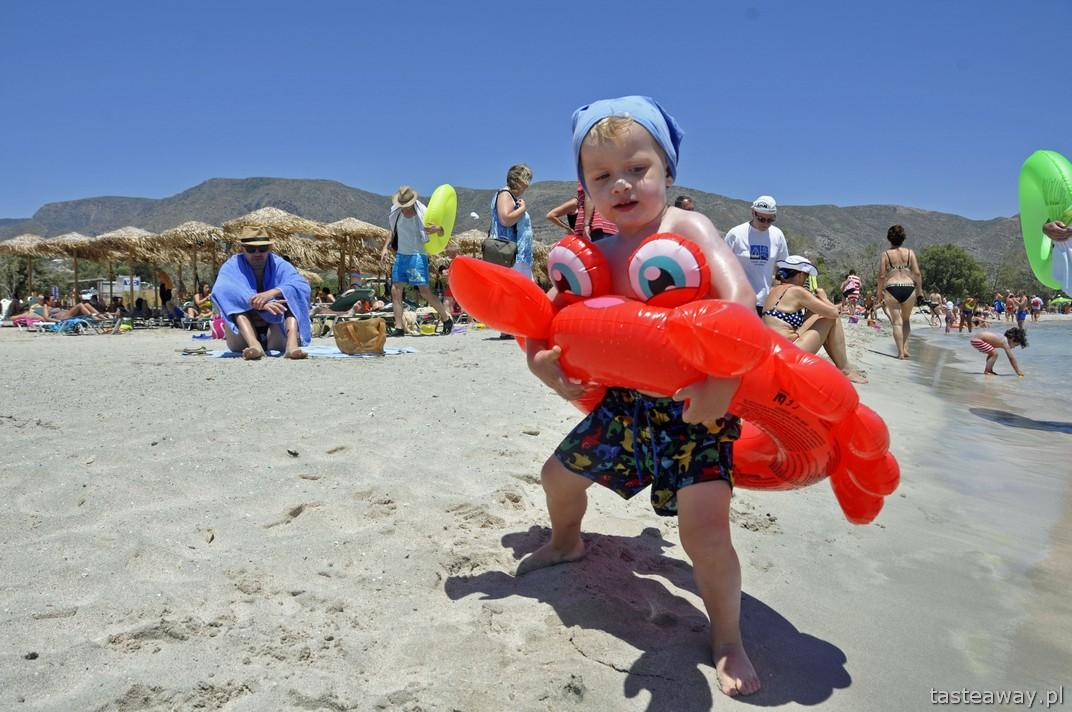 plażowanie, Kreta, wakacje z dzieckiem, na plaży z dzieckiem, Elafonissi