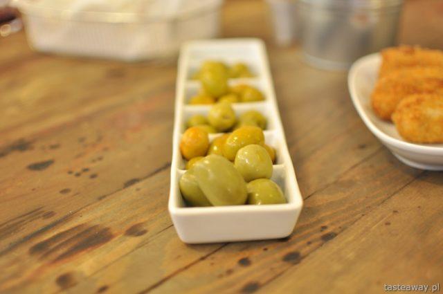 olives, Tapas Gastrobar, tapas, Spanish cuisine, Warsaw