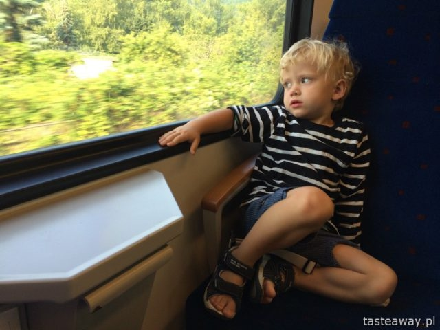 Rudesheim, Koblenz, Rhine, Rhineland, Moselle Valley, child on a train
