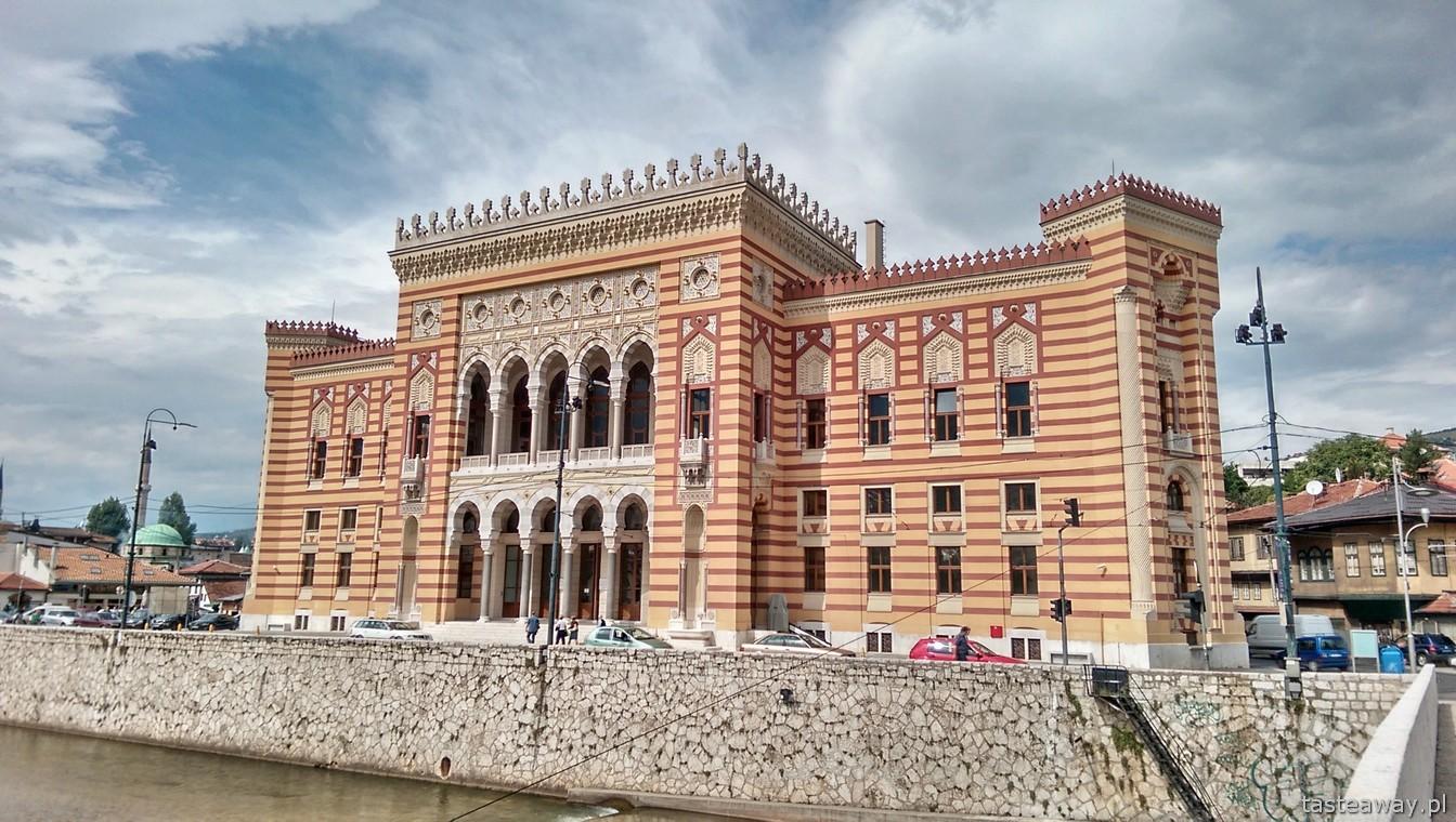 ratusz, Milijacka, Sarajewo, Bośnia i Hercegowina, co zobaczyć w Sarajewie