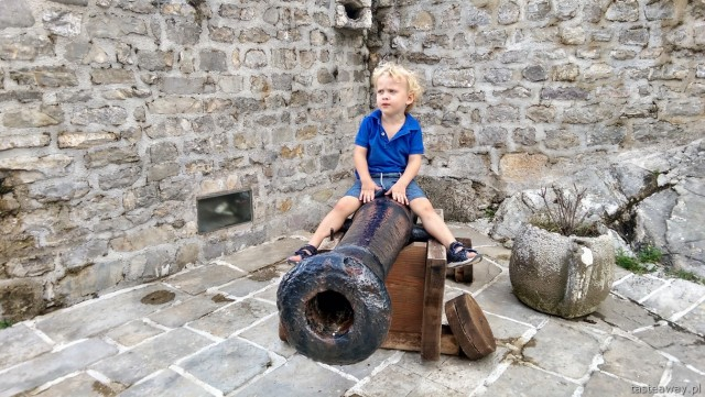 citadel, travelling with a child, Budva, Montenegro