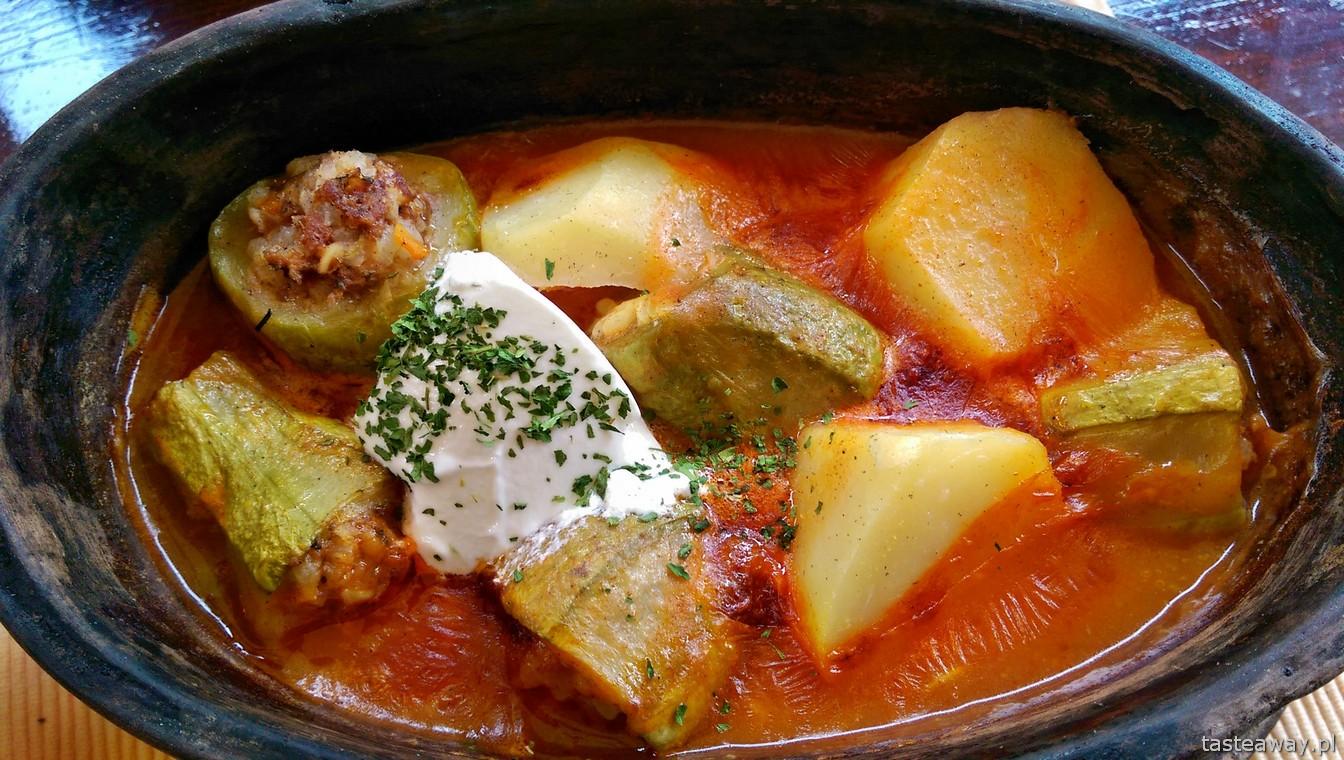 kuchnia bałkańska, Sarajewo, barhana, nadziewana cukinia
