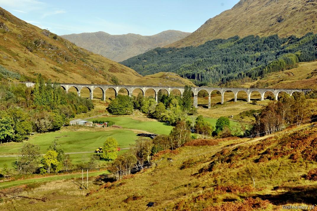 Glenfinnan, wiadukt, malownicze trasy kolejowe, Szkocja, Wielka Brytania