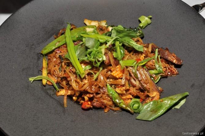 duck noodles, kuchnia tajska, In Azia, Sheraton Warsaw, Marcin Sasin