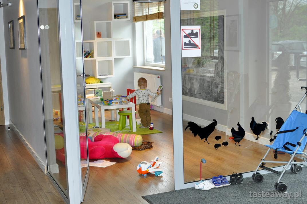 Kura Domowa, Warszawa, Wawer, restauracje przyjazne dzieciom
