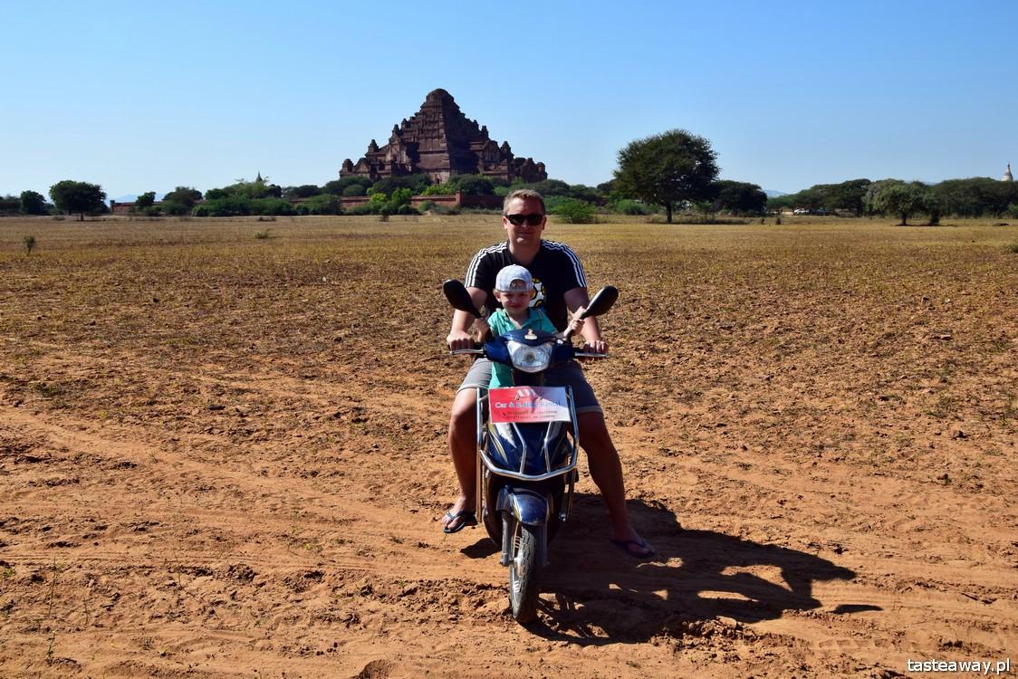 Birma, Bagan, co zobaczyć w Birmie, świątynie, zwiedzanie skuterem, skuterem z dzieckiem