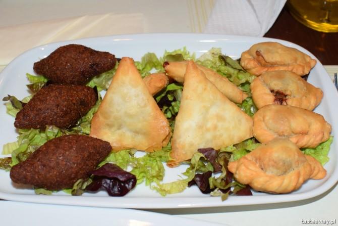 kebbe, mięsne przystawki, kuchnia libańska, Warszawa, Meza Beirut