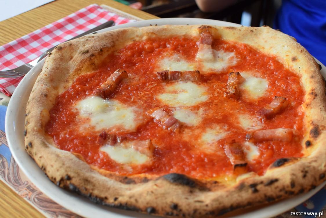 Mąka i Woda, kuchnia włoska, pizza, pasta, gdzie na pizzę w Warszawie, lunch w centrum, Amatriciana, pancetta