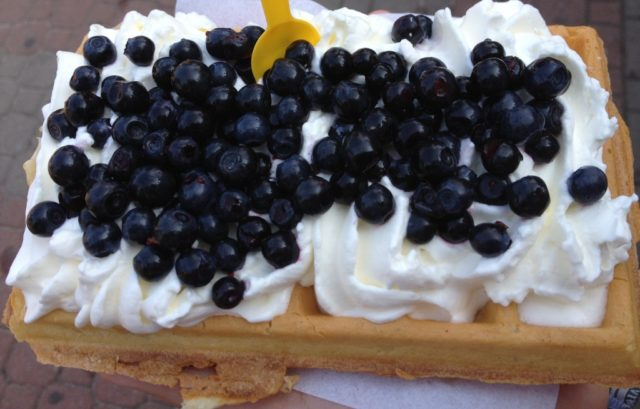waffles with whipped cream, Bałtyk, Polish seaside, waffles, regional dishes, what to eat in Poland