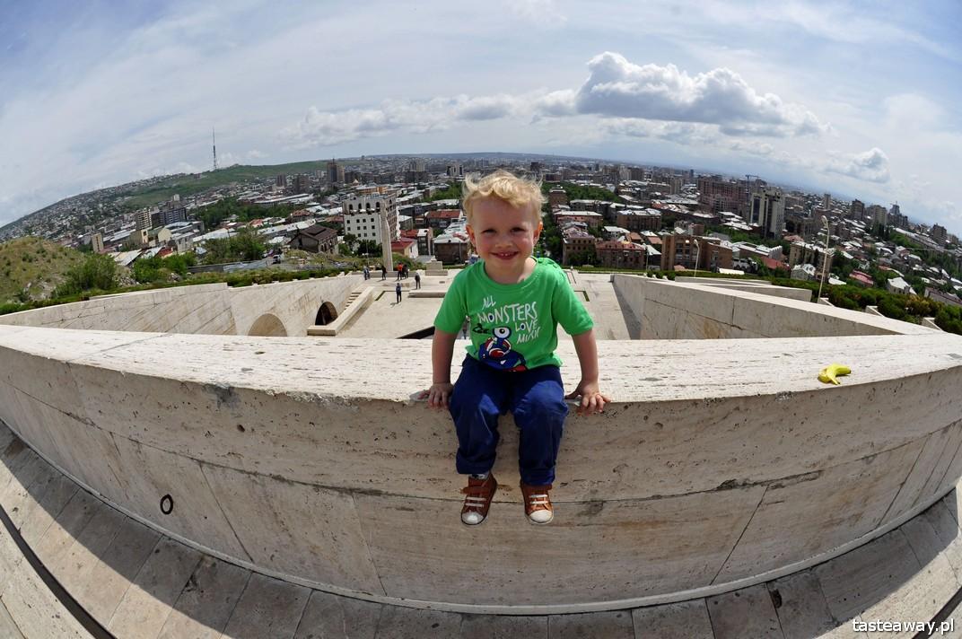 Erywań, Armenia, podróżowanie z dzieckiem, Kaukaz z dzieckiem, dziecko w podróży