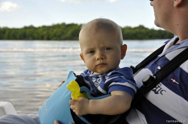podróżowanie z niemowlakiem, jak podróżować z niemowlakiem, na co uważać podczas urlopu z niemowlakiem
