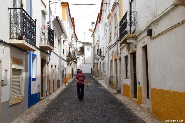 Portugal, Alentejo, Portalegre, it's worth going to Alentejo, attractions in Alentejo, Portugal vacation, Estremoz, Portuguese towns