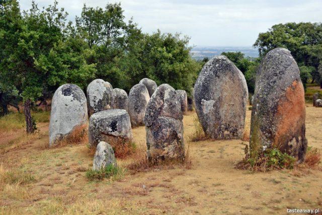 Evora, Alentejo, Portugal, megaliths, stone circles, what to see in Alentejo, Cromeleque do Almendres