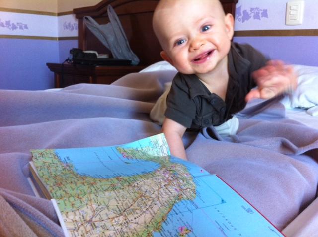 podróżowanie z dzieckiem, podróżowanie z niemowlakiem, jak podróżować z niemowlakiem, niemowlak w podróży