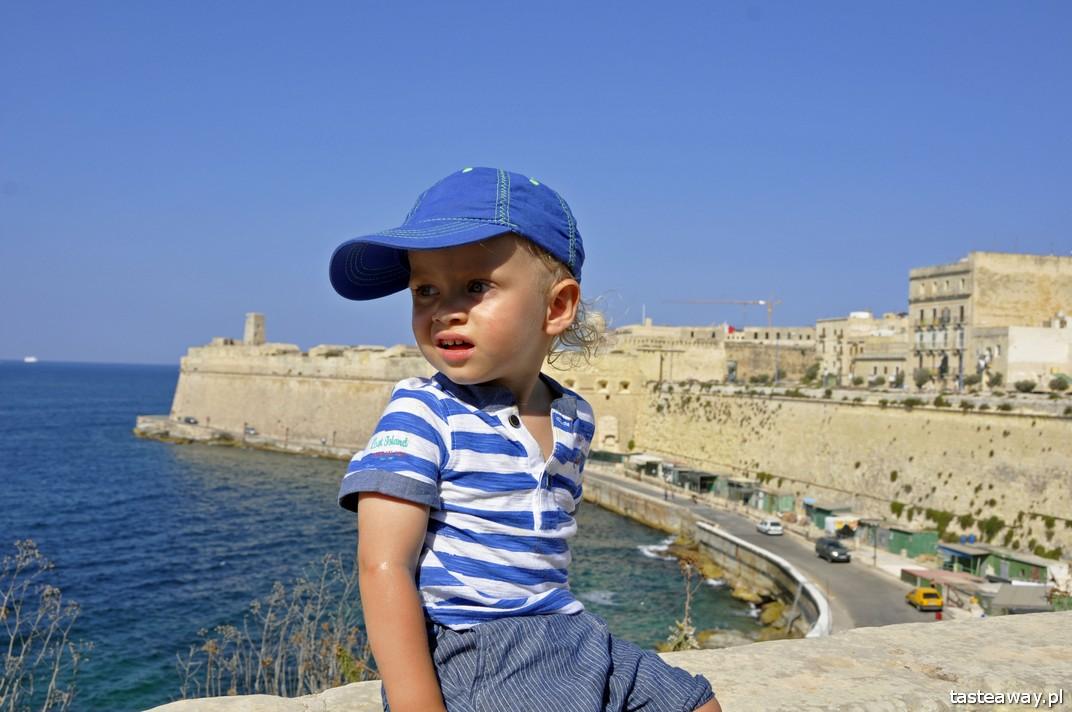 Malta, Gozo, Podróżowanie z dzieckiem, dziecko w podróży