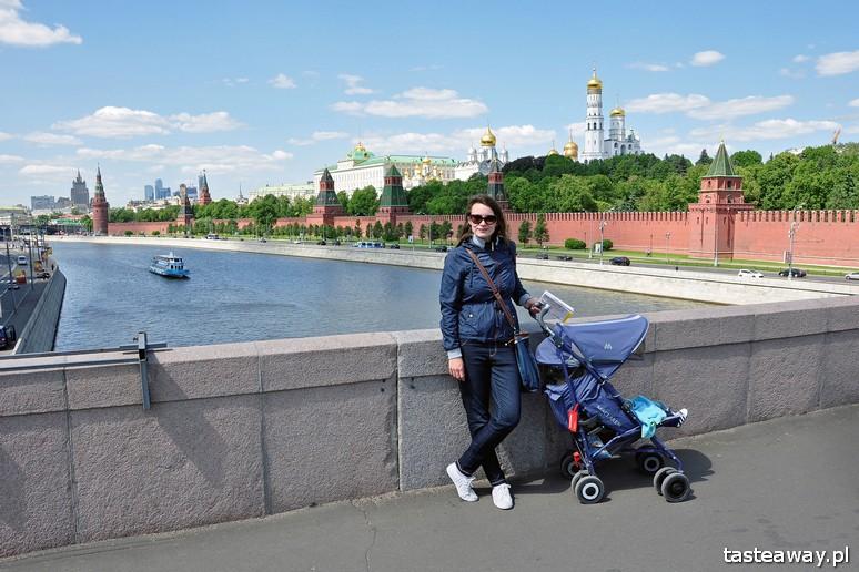 podróżowanie z dzieckiem, podróżowaniem z niemowlakiem, podróże, dziecko w podróży, Moskwa