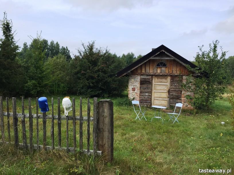 Glendoria, magiczne miejsca w Polsce, magiczne miejsca na weekend, weekend we dwoje, Mazury, stodoła, pokoje, miejsca z duszą