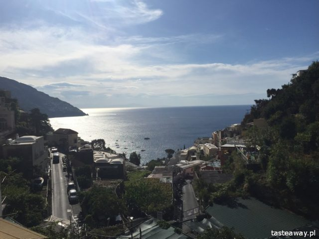 Positano, Italy, where to go for a romantic trip, a trip for two, honeymoon, proposal, most beautiful places in Italy, Amalfi coast, Villa Celentano