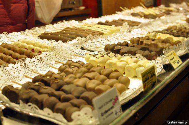 Christmas fairs, Germany, Leipzig, German Christmas fairs, gingerbread, fruchtebrod, owoce w czekoladzie