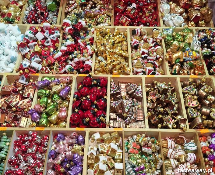 jarmarki świąteczne, jarmark świąteczny w Krakowie, jarmarki świąteczne w Polsce, przygotowania do świąt, bombki, co kupić na jarmarku świątecznym