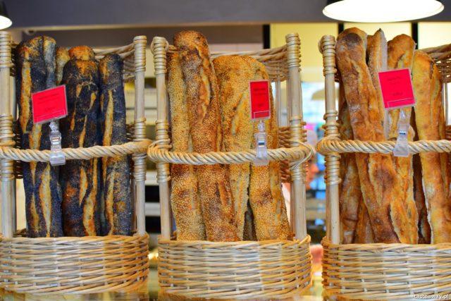 Francja, boulangerie, francuskie piekarnie, bagietki, PAUL