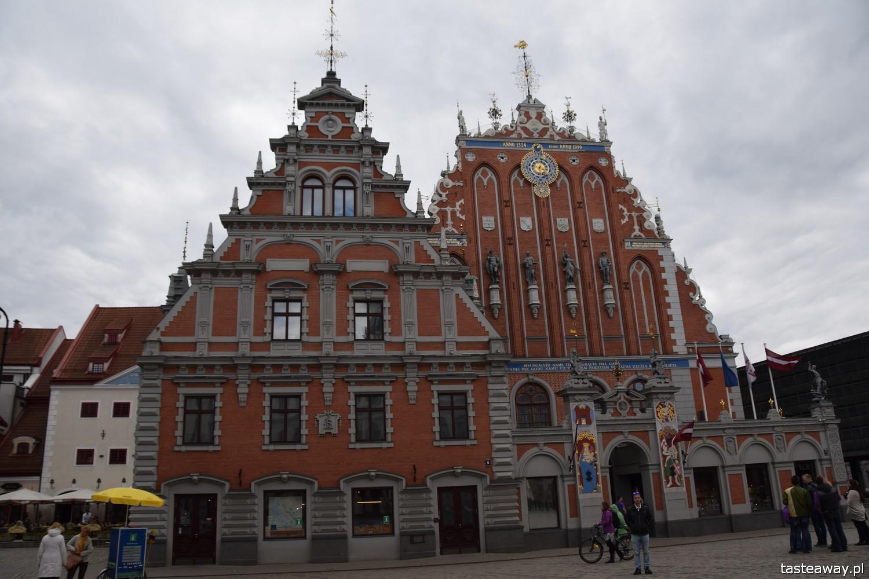 Łotwa, Ryga, co zobaczyć w Rydze, Ryga- atrakcje, starówka w Rydze, panorama Rygi, panorama starówki, Dom Bractwa Czarnogłowych