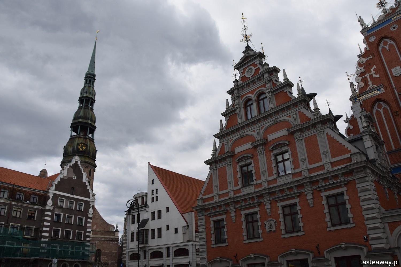 Łotwa, Ryga, co zobaczyć w Rydze, Ryga- atrakcje, starówka w Rydze, panorama Rygi, panorama starówki, kościół Św. Piotra