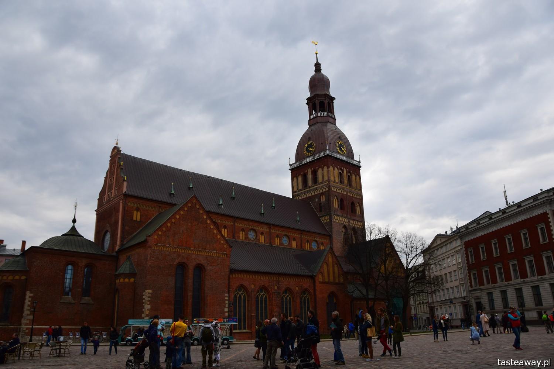 Łotwa, Ryga, co zobaczyć w Rydze, Ryga- atrakcje, starówka w Rydze, panorama Rygi, panorama starówki, katedra