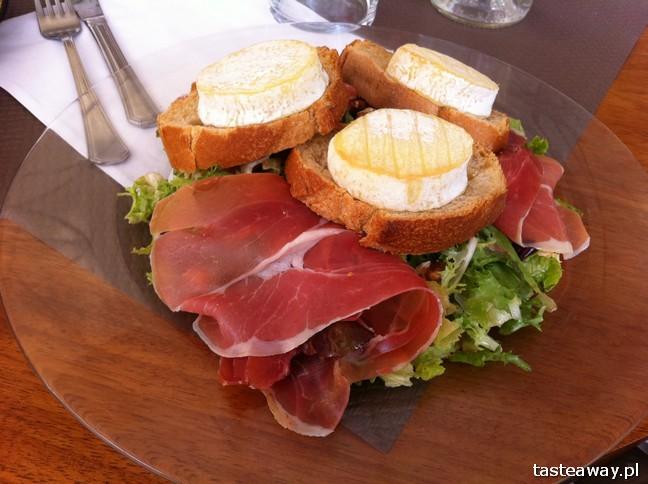 francuskie potrawy, kuchnia francuska, francuskie klasyki, zupa cebulowa, francuskie potrawy, które trzeba znać, sałatka z kozim serem, chevre chaud