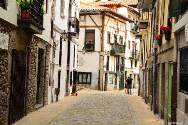 Lekeitio, Kraj Basków, co zobaczyć w Kraju Basków, najciekawsze miejsca w Kraju Basków, najpiękniejsze baskijskie wioski, port, baskijskie porty
