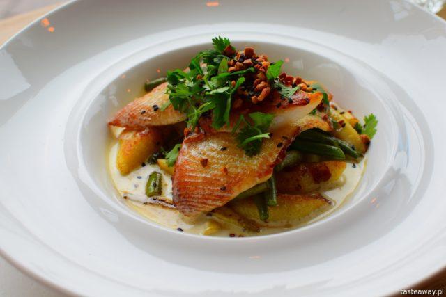 Krew i Woda, Trójmiasto, Gdynia, gdzie jeść w Trójmieście, gdzie jeść w Gdyni, najlepsze restauracje w Trójmieście, ryby, halibut