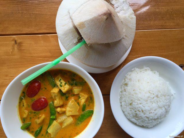 kuchnia azjatycka, azjatyckie jedzenie w Warszawie, gdzie na azjatyckie, chińskie, tajskie w Warszawie, wietnamskie w Warszawie, gdzie na tajskie, Aroy Aroy
