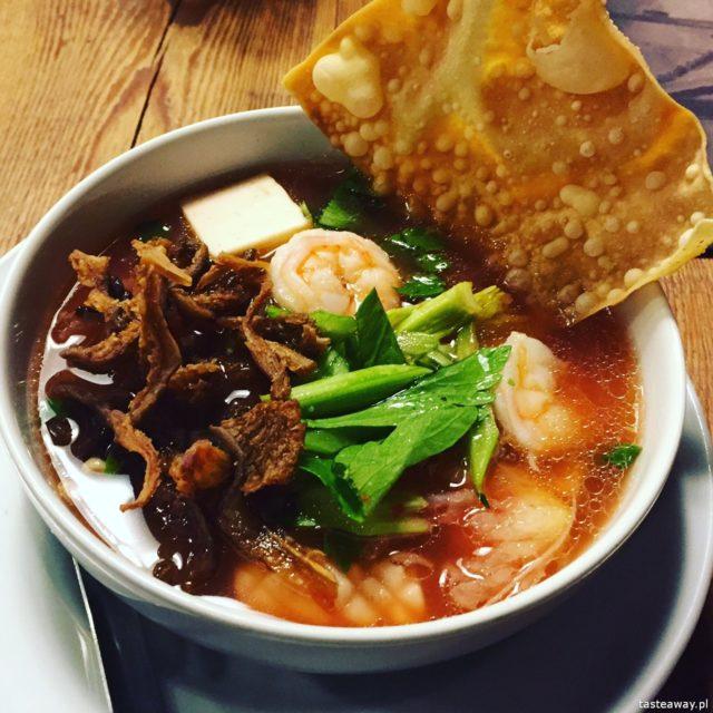 kuchnia azjatycka, azjatyckie jedzenie w Warszawie, gdzie na azjatyckie, chińskie, tajskie w Warszawie, wietnamskie w Warszawie, gdzie na tajskie, Thaisty