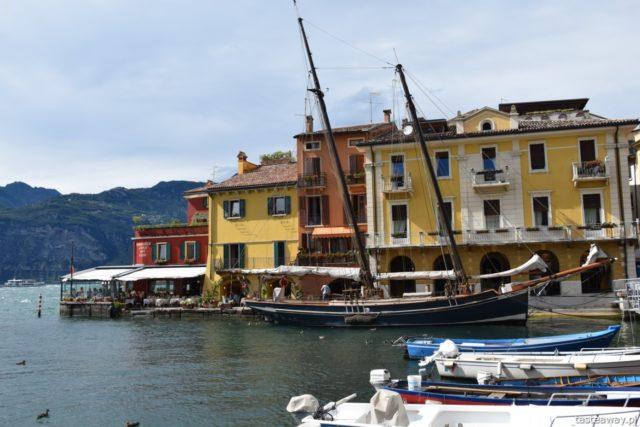 podróże po Europie, jak mądrze płacić w podróży, jak nie przepłacać w podróży, oszczędzanie w podróży, aplikacje finansowe, Di Pocket