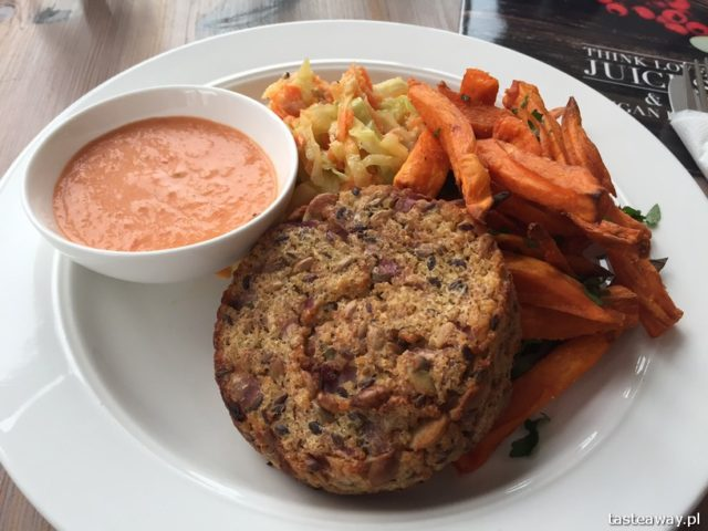 Saska Kępa, zjeść Saską Kępę, co jeść na Saskiej Kępie, restauracje Saska Kępa, kuchnia wegańska, Think Love Juices