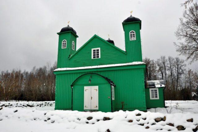 magiczne miejsca w Polsce, magiczne miejsca na jesień i zimę, gdzie wyjechać jesienią i zimą, Kruszyniany, Tatarska Jurta, meczet Kruszyniany
