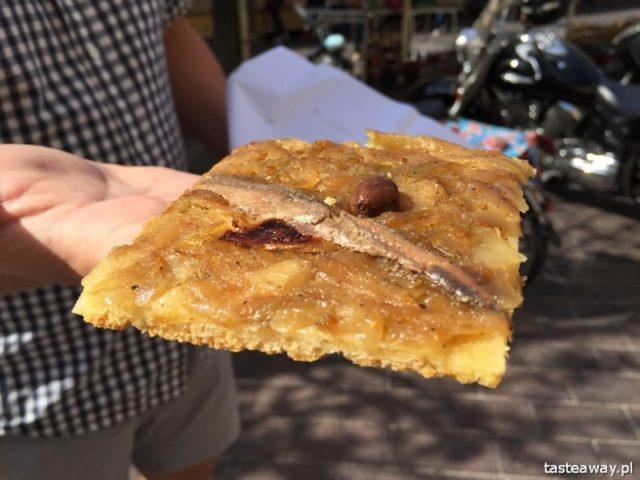 street food, kuchnia uliczna, street food, który musisz spróbować, potrawy kuchni ulicznej, Pan Bagnat, FRancja, Nicea, pissaladiere