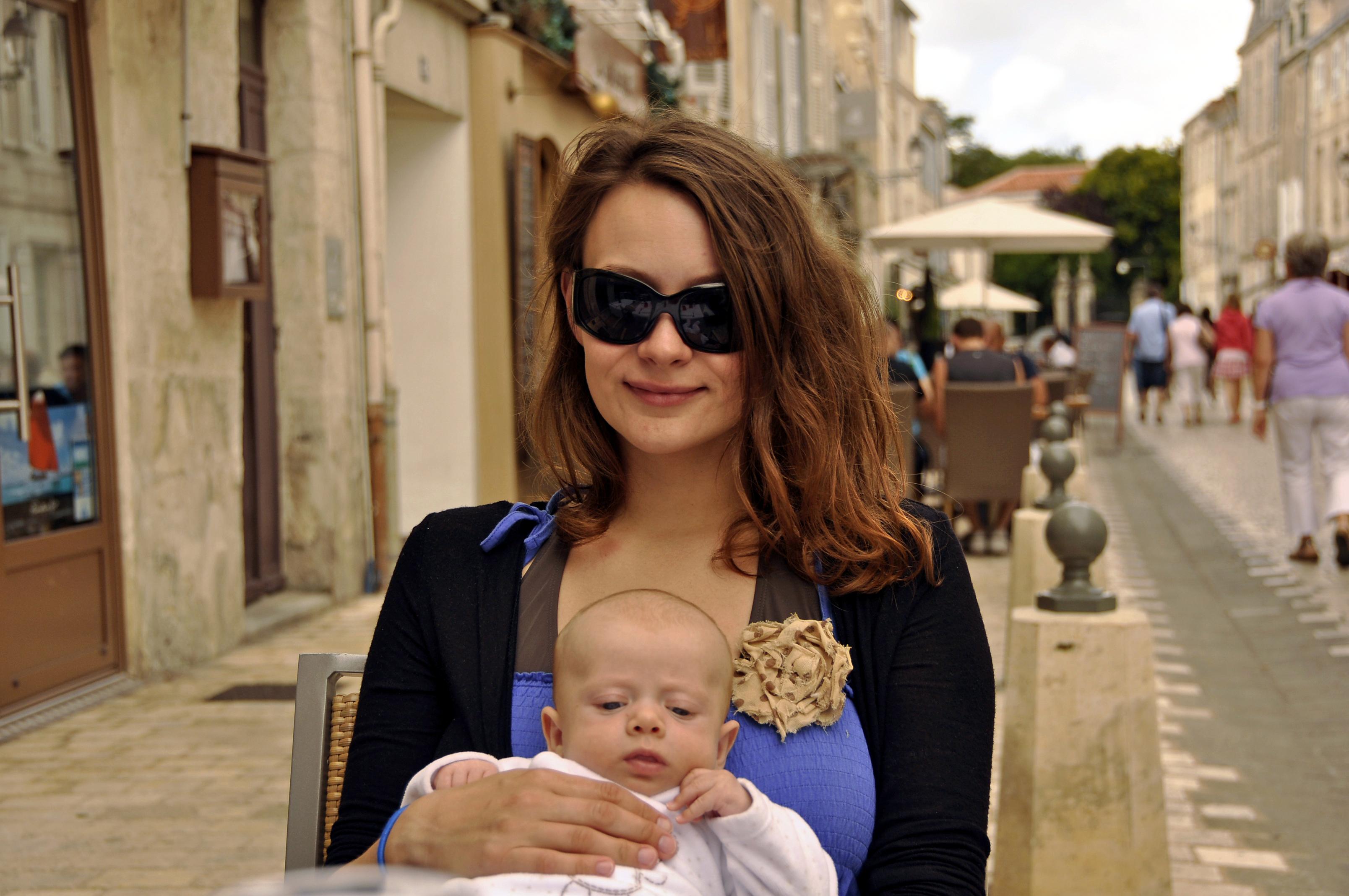 macierzyństwo, być mamą, mamam, mama w mieście, niemowlak, co robić z dzieckiem