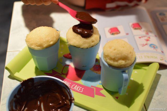 co na prezent, prezent dla 5 latka, Smoby Chef, dzieci gotują, jak zrobić czekoladki z dziećmi, Chocolate Factory od Smoby Chef, Mug Cakes