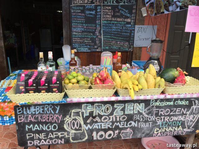 co jeść w Tajlandii, czego spróbować w Tajlandii, kuchnia tajskie, tajskie potrawy, shake, mango shake, fruit shake