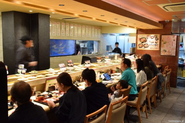 sushi w Japonii, jakie jest sushi w Japonii, jak smakuje sushi w Japonii, nigiri, chirashi, Chojiro, Kioto
