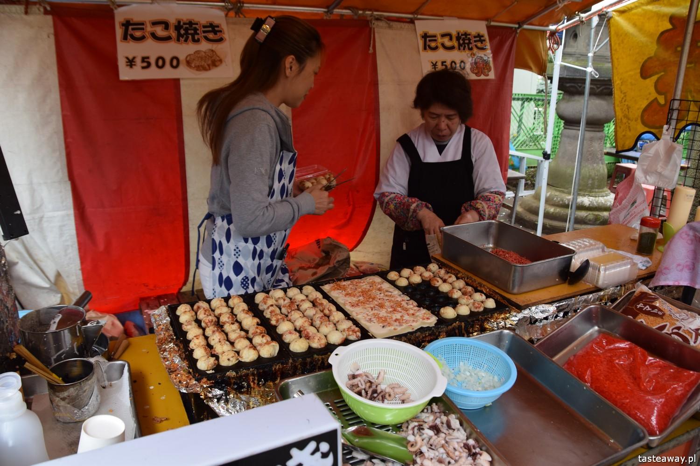 co jeść w Japonii, czego spróbować w Japonii, kuchnia japońska, okonomijayki, japoński streetfood, japoński omlet, takoyaki